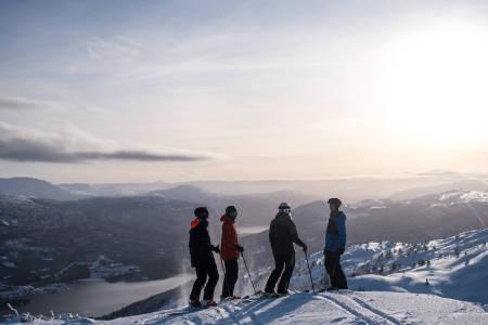 Fra toppen av Sogn skisenter, klar for enda en sånn dag. Foto: Christian Nerdrum
