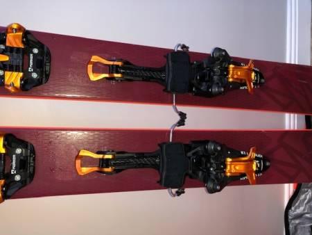 Salomon Qst 106, Kingpin 13, KOHLA Multifit feller, Dynafit Beast støvler, ROSSIGNOL Hero Ski bag