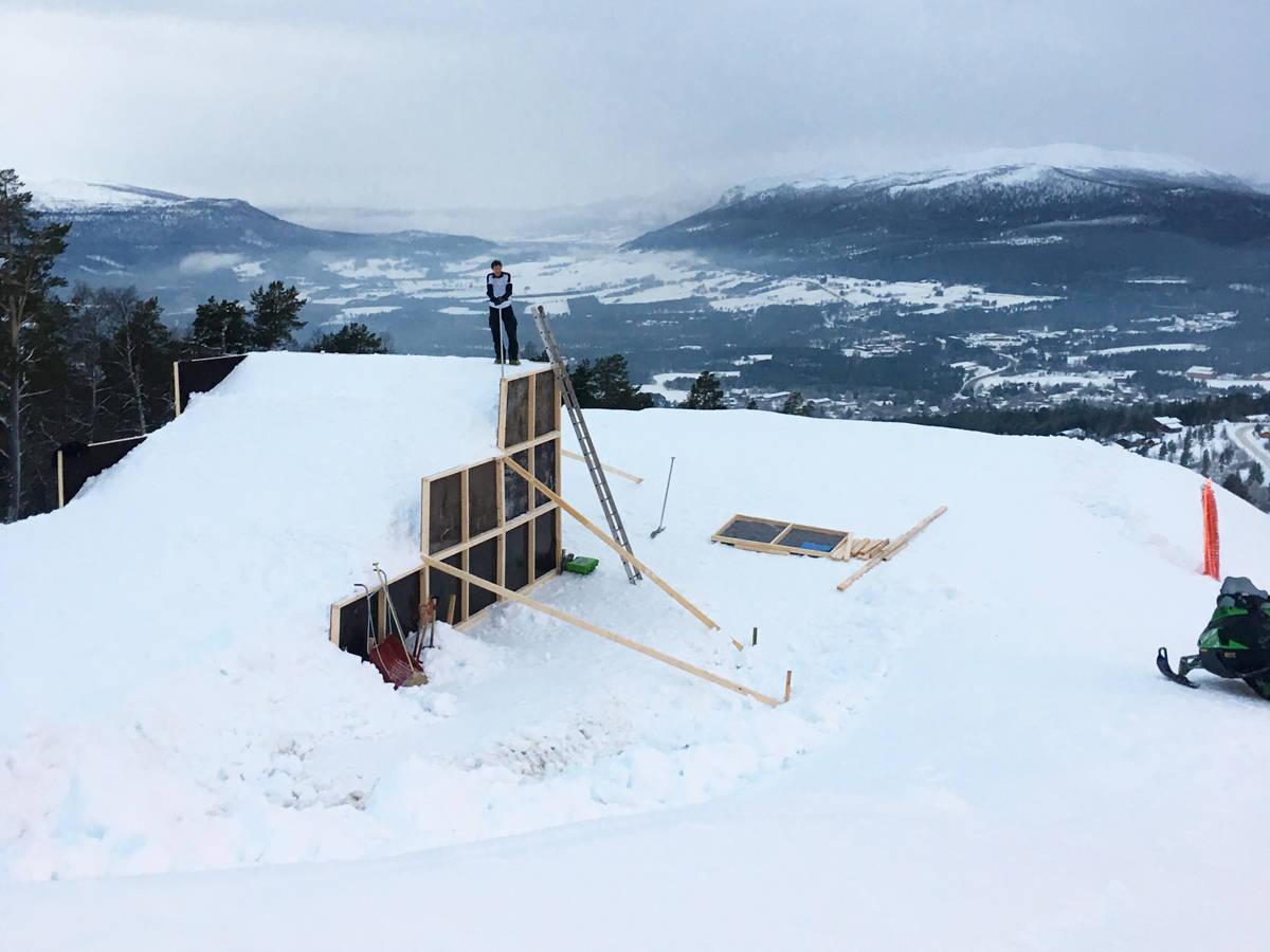 Dopmbås skiheiser Trolltun freeride twintip park jibbing ski snowboard