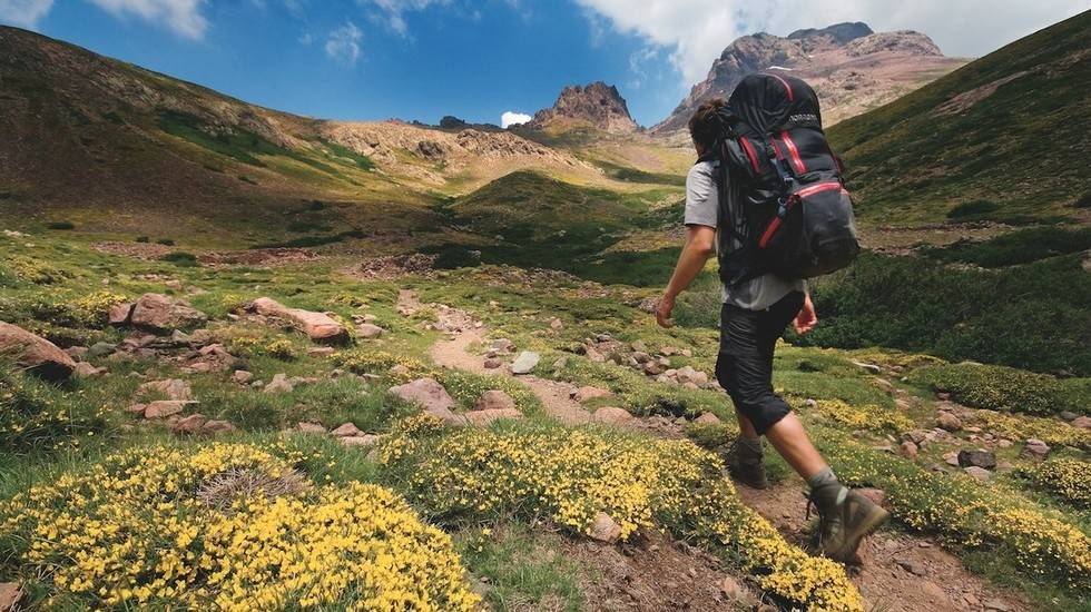 TUR: Her finner du gode tips til hva du kan ha med deg på høstferie-turen. Foto: Matti Bernitz
