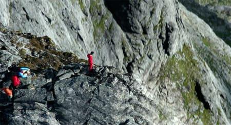 FANTASTISKE BILDER: Mange av bildene i filmen er spilt inn på nytt, blant annet noe utrolige scener fra Trollveggen og fjellene rundt.