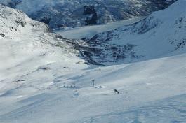 Pålørdag åpner Røldal skisenter tre eller fire heiser. (arkivfoto)
