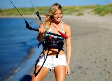 TRONARVING: Malin Amle gjør det klart at hun vil være med å kjempe om kite-tronen i Norge. Bilde: Rick Pryce