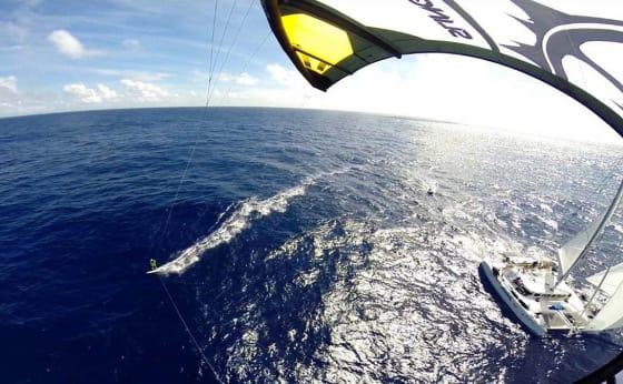 NÅDDE MÅLET: Camilla Ringvold og resten av gjengen som tok mål av seg å bli de første i verden som kitet over Atlanterhavet nådde målet i går.