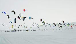 DRAGELØPERNE: 200 startende fra 25 land på Red Bull Ragnarok. Bilde: Markus Berger/Red Bull