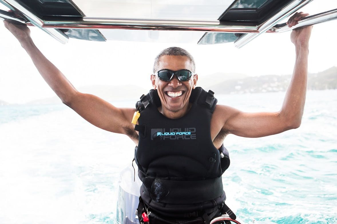 KITING: Se Obama lære seg å kite. Foto: Jack Brockway / Virgin