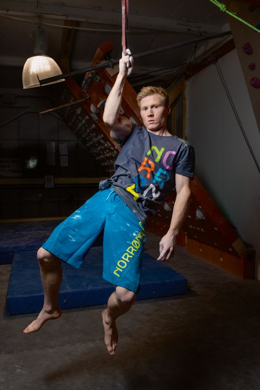 NORSK PÅ NORSK: Magnus Midtbø er ung, ambisiøs, motivert og leken. Nå er han dessuten på team med Norrøna.