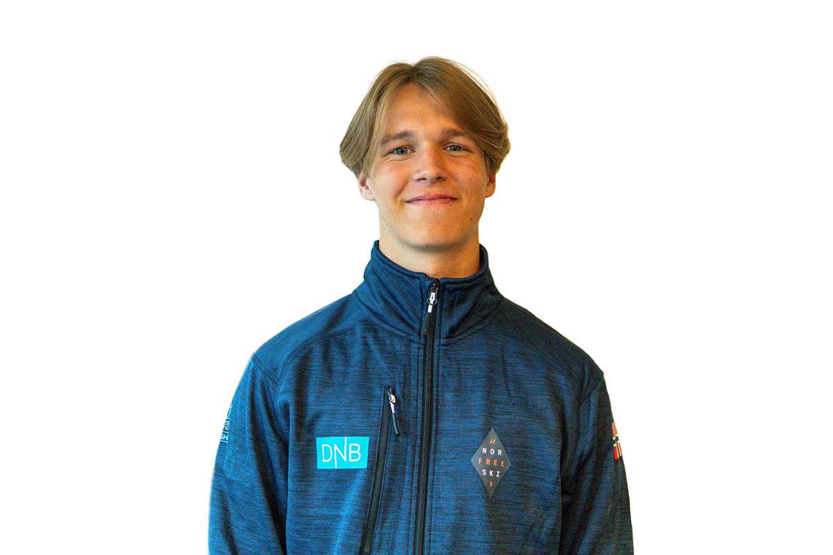 OL-KLAR: Tevje Skaug er en av to som skal kjøre slopestyle for Norge i ungdoms-OL. Foto: Norges Skiforbund