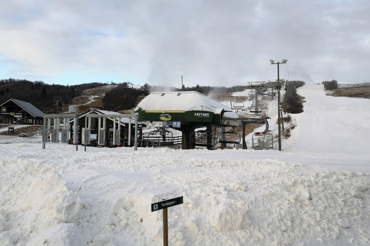 SESONGÅPNER I HELGA: Slik ser det ut på Beitostølen før åpninga i helga. Foto: Atle Hovi / Beitostølen Resort
