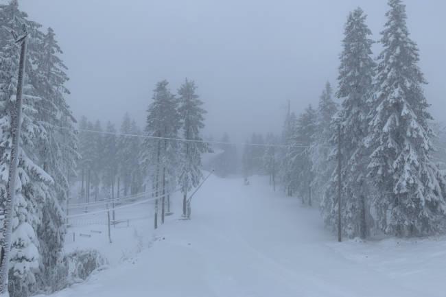 Første snøfall i hovedstaden - til helga åpner Oslo Vinterpark