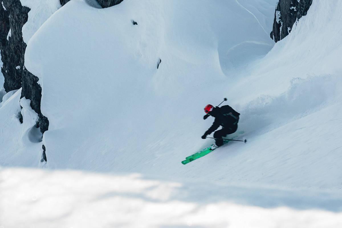AXAMS: Her er Carl Henry Bleckmann på vei ned en renne i Axams. Foto: Gard Gauteplass