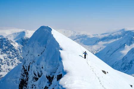 FINT I FJELLET: Fra toppen av Litlskjorta på Nordmøre sist fredag. Foto: Dag Stuan