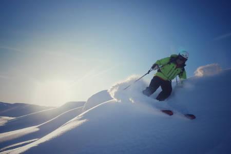 VANT: Rolf Jørgensen nyter fin skikjøring på Haukeliseter i romjula. Foto: Eivind Skeie