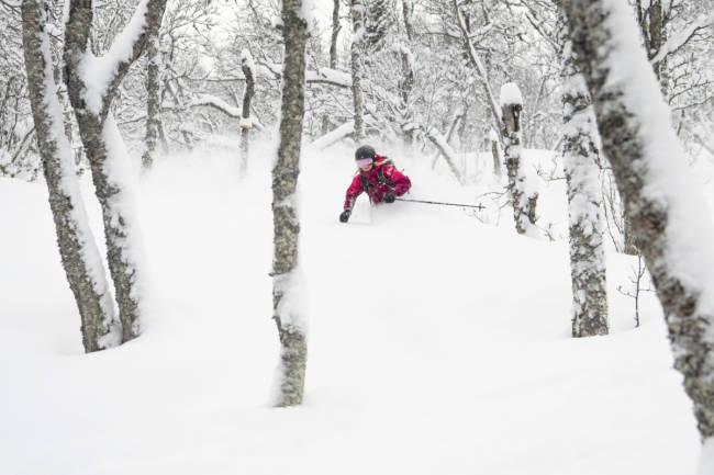 Hvor farlig er det egentlig å stå på ski?