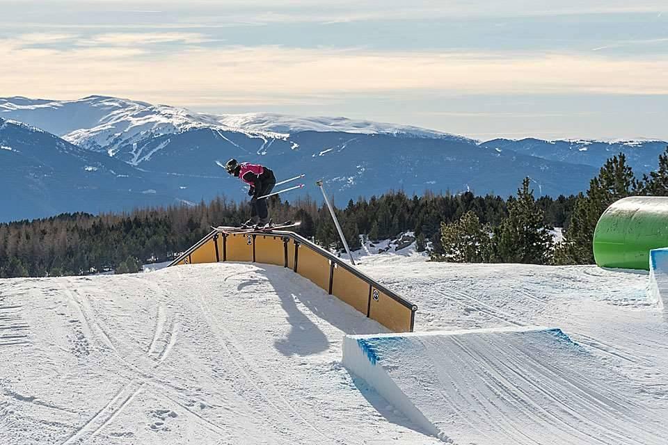 KLAR FOR VERDENSCUP: Johanne Killi er blant utøverne som er klare for verdenscupåpningen i Font Romeu. Foto: Norges Skiforbund