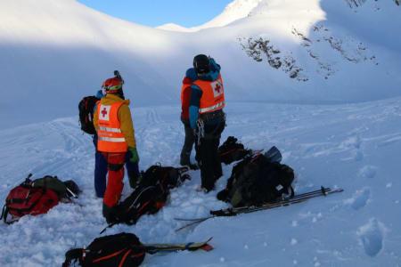 REDNINGSAKSJON: Her hentes den omkomne mannen ut. Foto: Volda og Ørsta Røde Kors