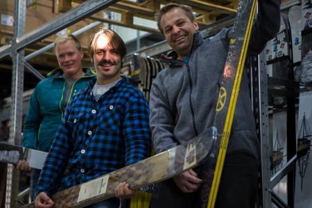HODEBRY: Gresvigs konkurs skaper hodebry for VPG. Her med Rune Kvalsnes (t.v.), Trygve Sande og Trond Aalde fra da de kjøpte seg inn i 4frnt. Arkivfoto: Tore Meirik