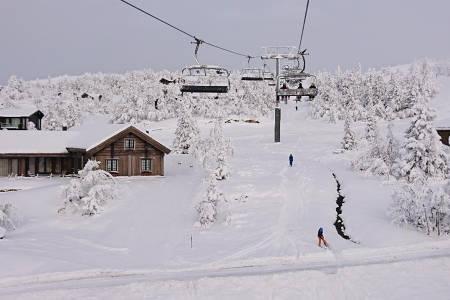 KVITFJELL: Slik så det ut i helga på Kvitfjell. Nå har det kommet mer snø de siste dagene. Foto: Erlend Sande