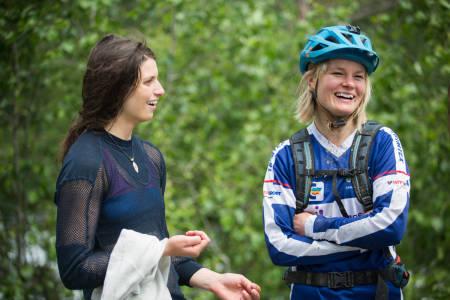 Nicole Dubé (til venstre) og Hilde Strædet