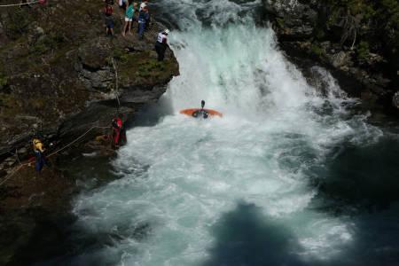 Jonny Haugen fikk kjørt seg skikkelig her, men heldigvis for han; uten å svømme.
