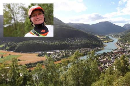 FORTVILER OVER KRAFTUTBYGGING: Verdens beste elvepadler, Mariann Sæther, har vokst opp ved Ottaelva, som nå tørrlegges for å lage strøm. Bilder: Tore Meirik