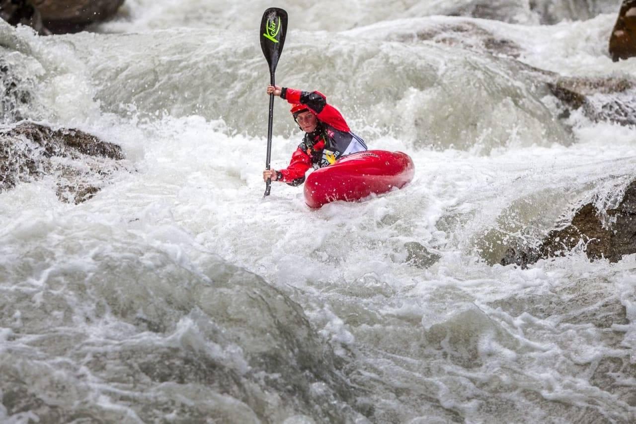 BRATT: Mariann Sæther er verdensmester i bratt elvepadling. Her deler hun sine fem favorittelver. Foto: Jens Klatt