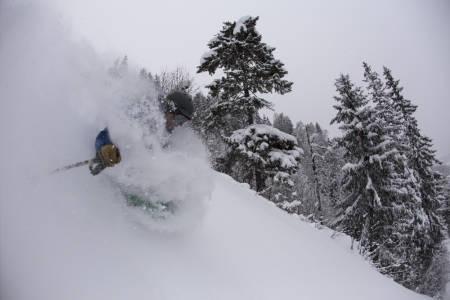 HJELP HENNING: Sjekk ut lista over anlegg Henning har kjørt ski og hjelp han med tips til nå #100anlegg. Kan du lokke med slike forhold som på Kvitfjell? Bilde: Hans Petter Hval