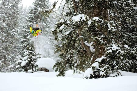 HIT: Magnus Tveito i sitt rette element. Vil du oppleve dette stedet i vinter? Hør på podden – det er inne på Tveitos topp 5. Foto: Vegard Breie
