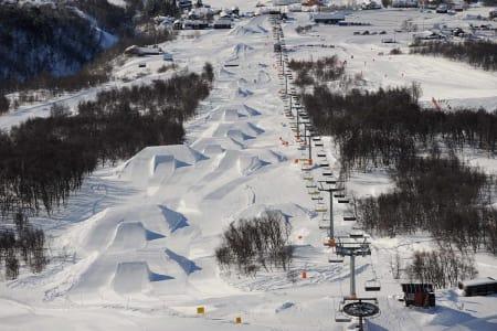 LANDETS BESTE PARK: Hver vår lages Norges beste terrengpark under MegaPark, som ble arrangert for første gang i 2005. I år går festivalen av stabelen på Hafjell fra  19. til 22. mars. Foto: Endre Løvaas