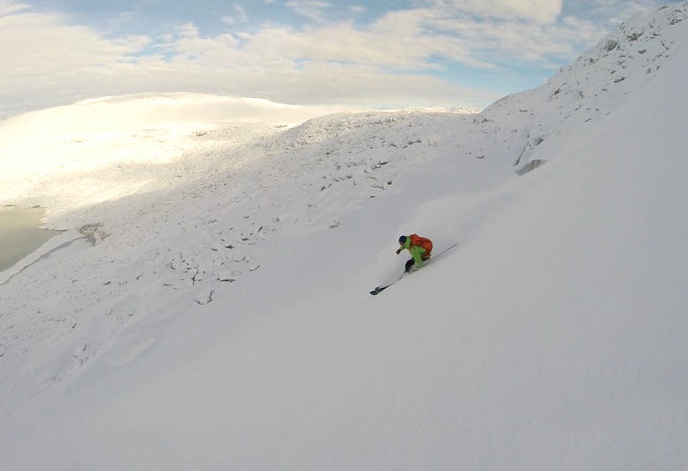 PUDDER DAG 1: Lite å utsette på skiføret ved Styggevatnet i Jostedalen den 27. oktober 2015. Foto: Alexander Dybvad