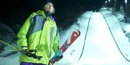 GÅR FOR REKORD: Anders Backe går for verdensrekord i baklengskjøring på ski neste uke! Foto: Vegard Breie