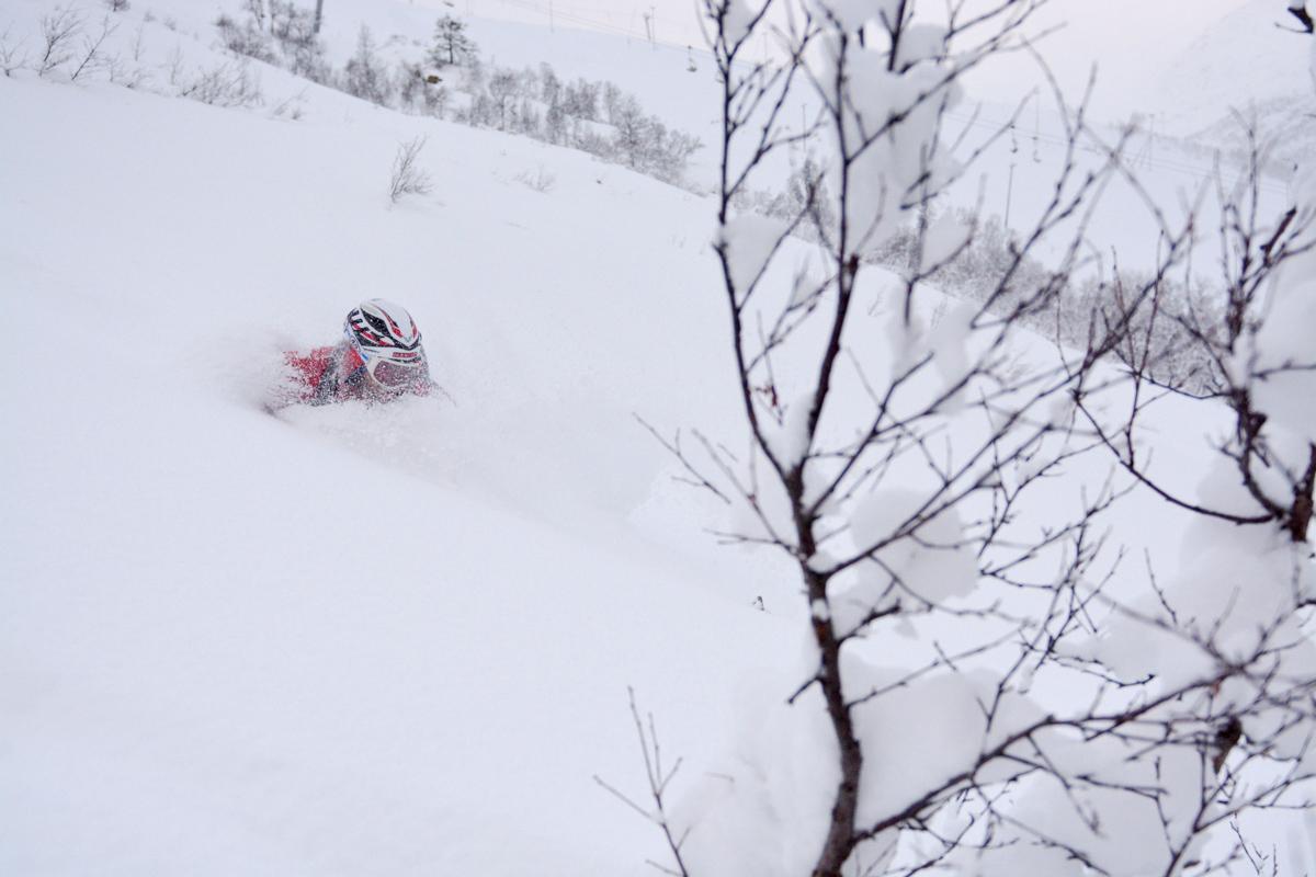 Bader i snø - åpner først til helga