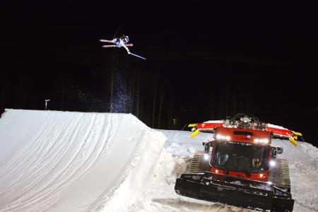 TESTING 2: Lars Haakon Hafsal i akjon på hoppet i Wyller, som har 18 meter flate.