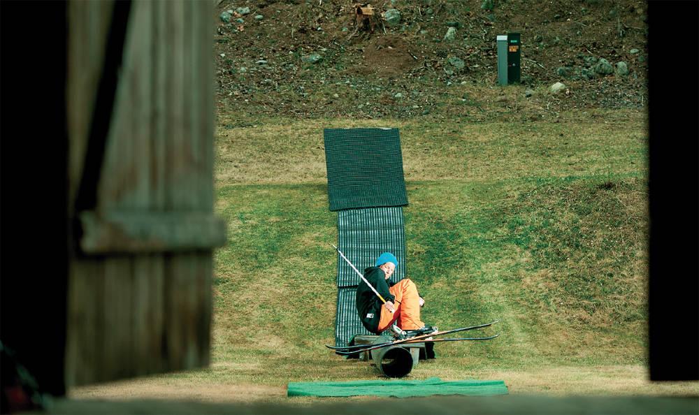 HJEMMESNEKRA SOMMERRAIL: Øystein Bråten kjører rails hele sommeren hjemme på Torpo. Ikke rart fyren blir god! Foto: Vegard Breie