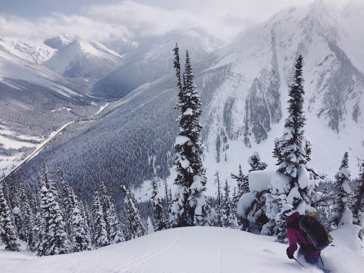 DEN MENNESKELIGE FAKTOR: Skredblogger Maria Leganger skriver om trangen til å snu vurderinger mot et ja til å kjøre. Her fra Rogers Psss i Canada.