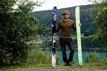 MYE NYTT: Til vinteren blir han Norges eneste mannlige kjører i Freeride World Tour (FWT), og da har Dennis Risvoll ski fra sin nye sponsor On3p på beina. Foto: Martin Innerdal Dalen