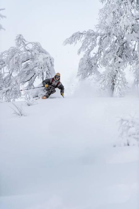 HÅRDA BUD: Åsmund Hårklau er vossing, men tar gjerne turen opp til Myrk på dager som dette. Foto: Sverre Hjørnevik