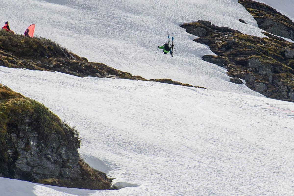 KLART FOR FRIKJØRINGSFEST: Tirsdag blir det ny freeridebatalje på Vikafjellet. Arkivfoto: Olav Standal Tangen