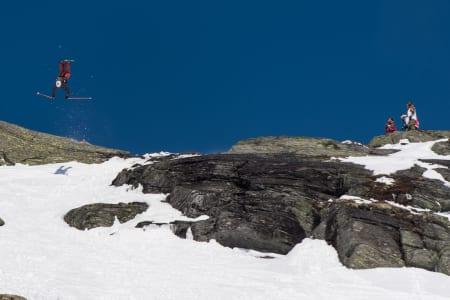 VINNERNE ER KLARE: Skyhøyt nivå og verdige vinnere i Røldal Freeride 2018. Foto: Andreas Anderson