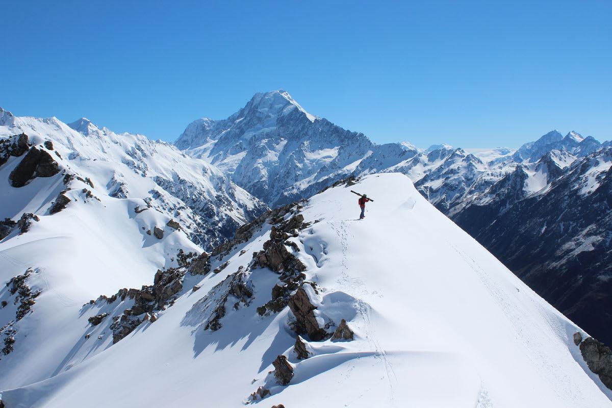 NEW ZEALAND: Sist vinter på New Zealand var ikke noe høydepunkt snømessig, men likevel har Robert Aaring klipt sammen en fantastisk film fra sesongen på kiwiøya. Foto: Heidi Bostad Pallin