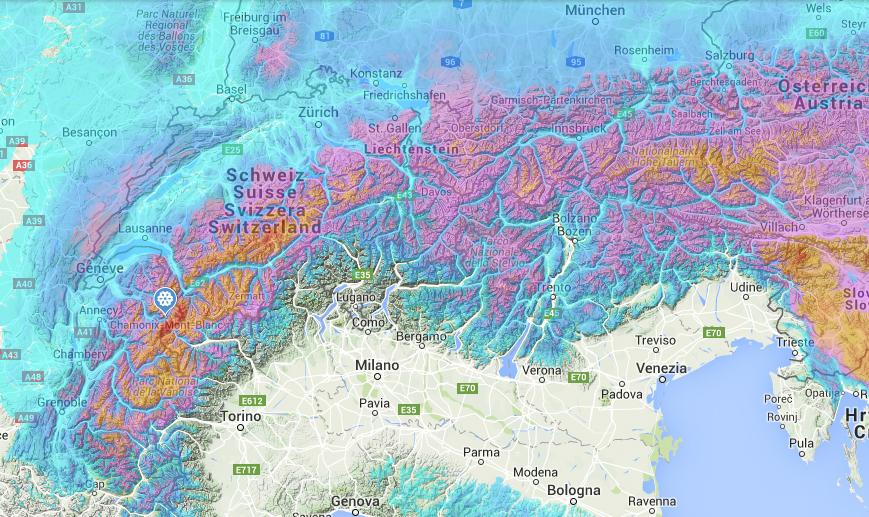 En meter snø i Alpene