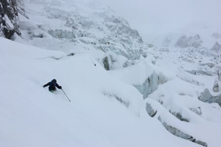 FLOTTE DAGER: Gjengen fikk med seg nysnøen som kom i Chamonix. Foto: Privat