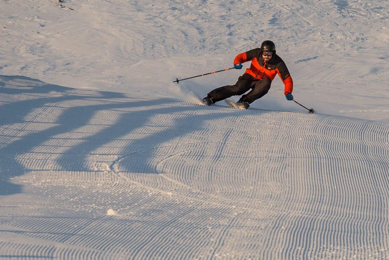 KLAR FOR ALT: Keeperposisjonen er grunnstillingen du alltid søker etter. Hvis ikke denne er på plass, kan du bare glemme å kjøre bra på ski, mener Eirik Finseth. Bilde: Christian Nerdrusm