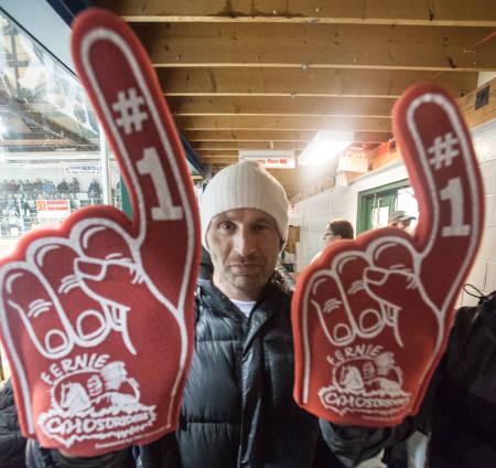 GO FERNIE: Jørgen Granli holder med Fernie Ghost Riders! Bilde: Christian Nerdrum