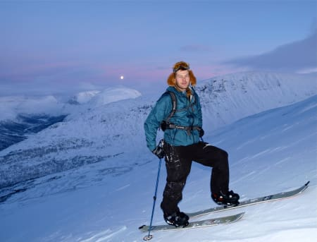 – UTROLIG TRIST: Jarkko-Juhani Henttonen kjenner fjellene i Tamokdalen svært godt, og han har forståelse for at siste del av leteaksjonen i Tamok er utsatt til våren. Foto: Privat