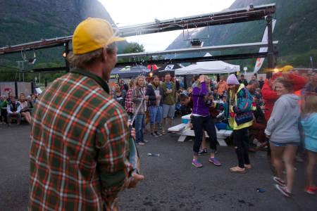 Dette er øyeblikket da festen starta. Foto: Bård Basberg