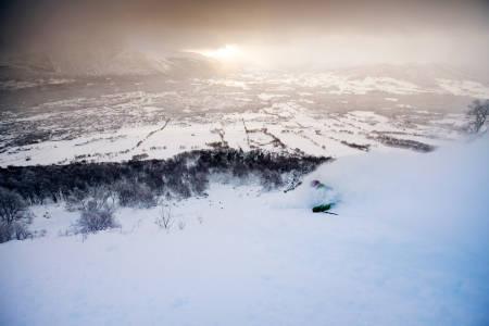 VEKKELSE: Oppdal skisenter snødde ned i dagene før 4. januar 2015, og for første gang på mange år kunne oppdalingene kjøre med snøføyka stående over hodet. Kan tiden være inne for å utvide Oppdal skisenters målgruppe til utenfor Midt-Norge? Foto: Martin Innerdal Dalen