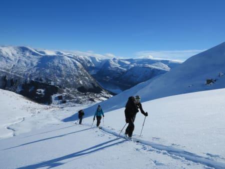 Guiden til Sunnfjords fineste toppturer