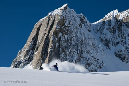 GORE-TEX: For første gang i sin lange karriere står Stian Hagen på ski med Gore-tex.