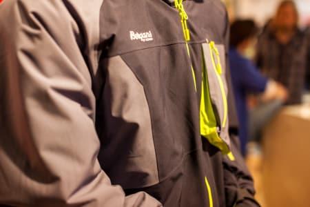 PFOA-FRI: Bergans nye Hodleve-jakke i Dermizax er fri for miljøgiften PFOA, som blir forbudt fra neste år.